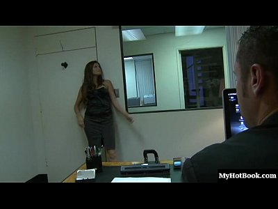 Ver Bajo Faldas Madelyn marie - boss i m very bored