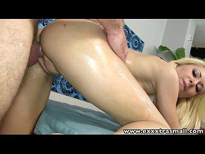 Exxxtrasmall después de un masaje de mierda petite blonde babe