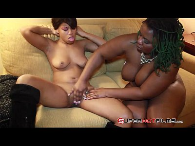 Poizon ivy finds a yung slut to play with 3