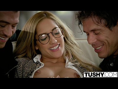 Xxx Sexo hdtushy chloe amour tries double penetration