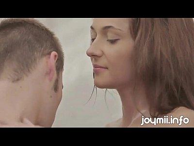 Joymii delgado joven alexis brill hace el amor en la ducha y le gusta mojado