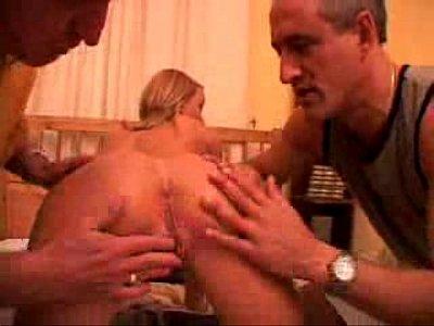 Gigis - adolescente anal follada