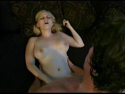 Meghan - adolescente anal vírgenes