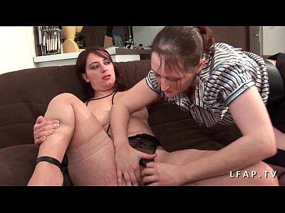 Casting bbw mere de famille prise en double penetration - 1 part 2