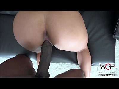 blonde cougar fucks with younger guy