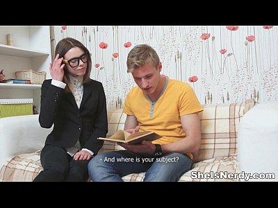 Es nerd - xvideos cum shot sexo youporn geometría redtube porno adolescente