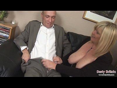 Chauffeur Dreams Of Fucking Big Tits Boss (6 min)