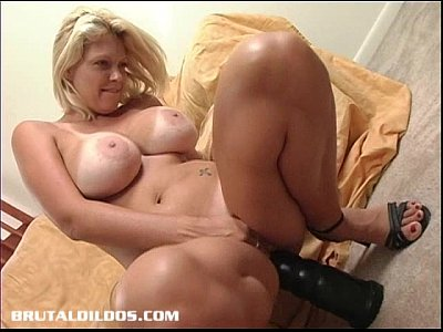 Amateur uk wife rideing cock and his face slap arse - 1 10