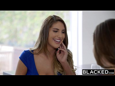 Negro-mujer-abigail mac de agosto ames el amor de una polla grande y negro