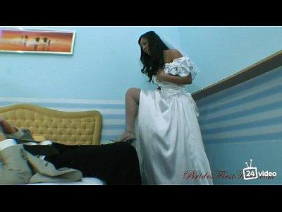 Невеста трахает своего военного жениха