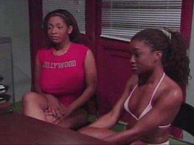 Lesbicas pervertidas na escola