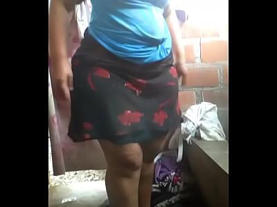 Senoras En Tangas Miren el enorme trasero de mi mujer