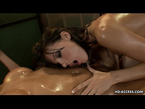 Yummy brunette chick fucks with a stunning blonde