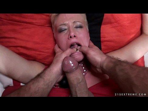 Ebony tranny loves getting her tits jizzed on