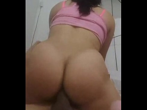 Filmes pornos novinha de vinte aninhos sentando com o cu na rola