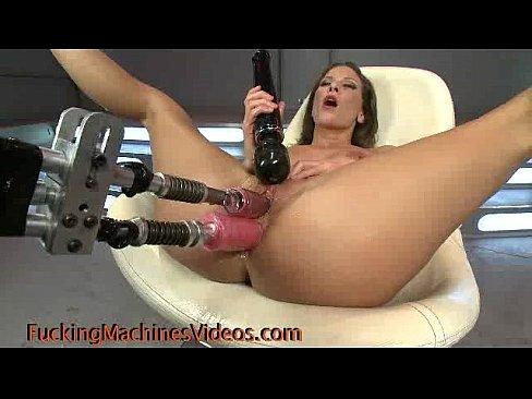 Free clips girls peeing