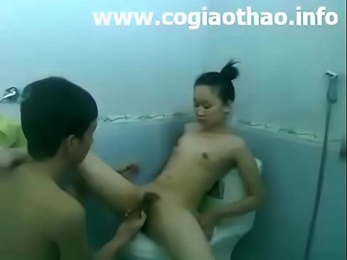 Clipเย็ดnữ sinh Hải Phòng vs bạn trai trong nhà tắm trên facebook