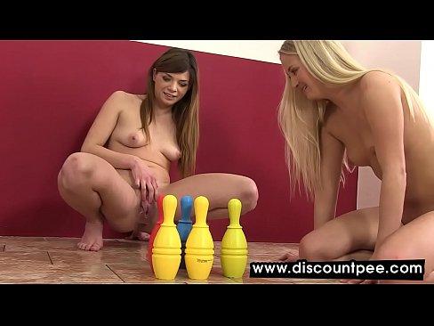 lesbian orgasm game