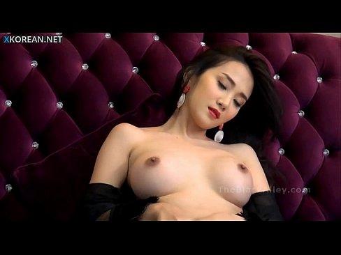 Amateur webcam super hot latina stripping 9