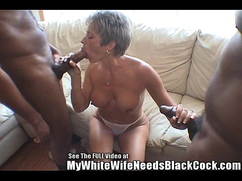 Free videos milf moms wives sucking cock orgy