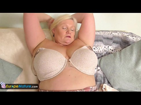 busty granny picture