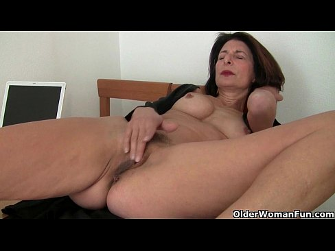 Best position to suck own dick