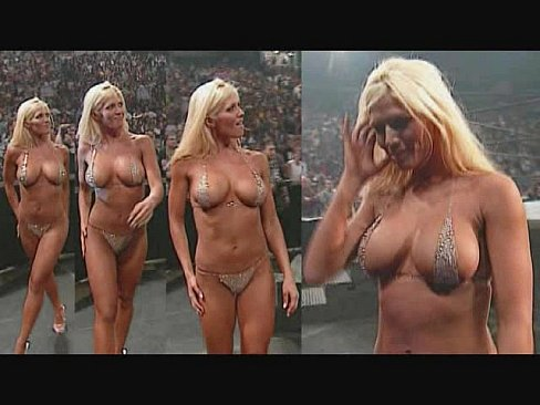 Torrie Wilson Naked Pictures