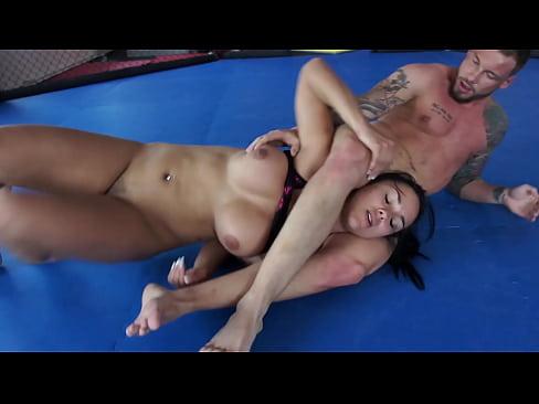 Nude Battle of The SEXESWOMAN IN PERIL! Milana Vs. Erik