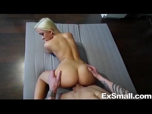 girl gets rammed in the assporn