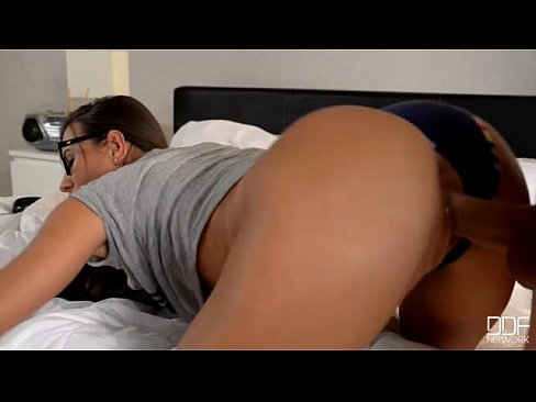 Ultra horny girlfriend cayenne klein gets wild for morning d 1