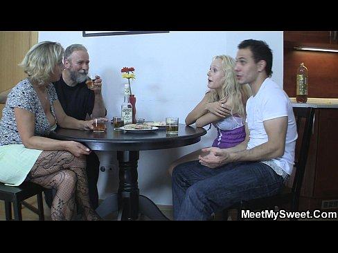 Orgie Sexuala Cu O Baba Virgina Fututa La 68 De Ani Xxx