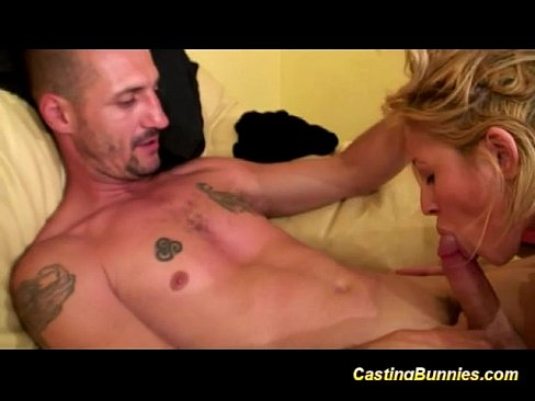 Анальный секс с французской блондинкой на кастинге и фистинг кулаком