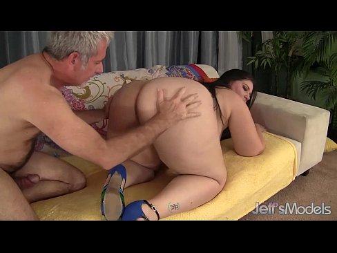 jessica alba nackt mit dildo