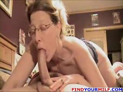 mature blowjobs.com Mature moms blowjobs 960X720 jpeg image and much more on hotpicsex.com.